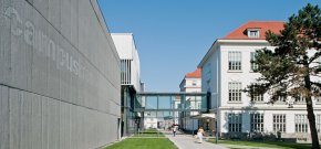 Danube University Krems (c) Hertha Hurnaus